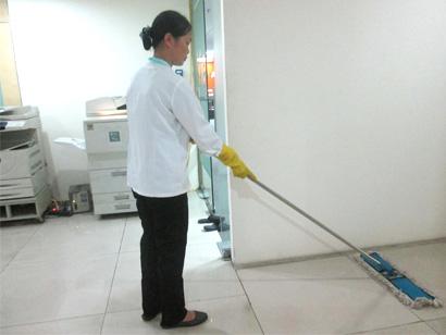 Dịch vụ vệ sinh văn phòng của Linh Minh