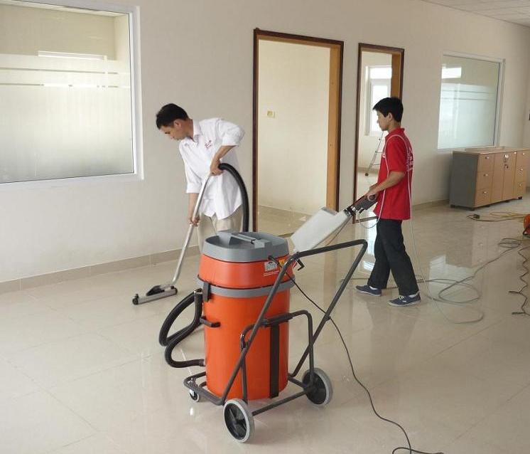 vệ sinh công nghiệp Cleanhouse Việt Nam cung cấp dịch vụ đánh bóng sàn