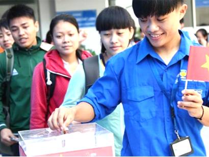 Hình ảnh: Công đoàn công ty Cleanhouse Việt Nam kêu gọi ủng hộ biển đảo số 2