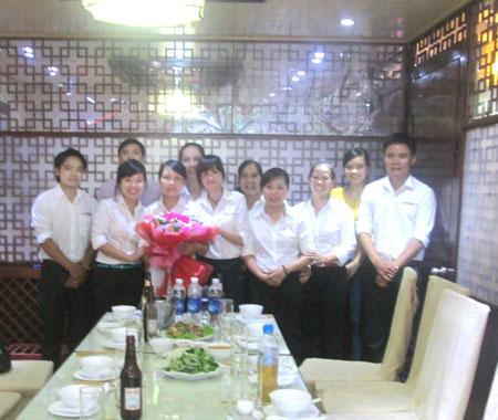 Chúc mừng sinh nhật giám sát công ty vệ sinh công nghiệp cleanhouse